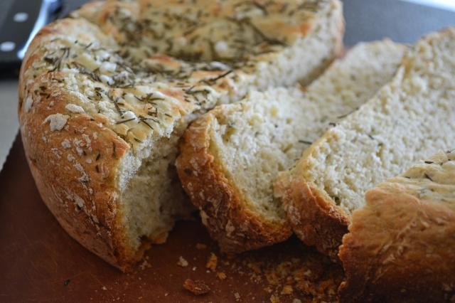 Healthy Kitchen Healthy Budget Crockpot Rosemary Bread2