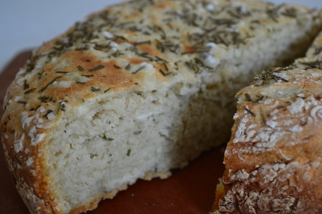 Healthy Kitchen Healthy Budget Crockpot Rosemary Bread4